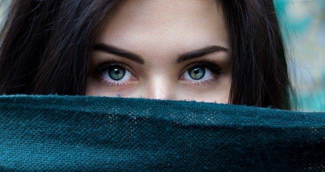 olej pod oczy